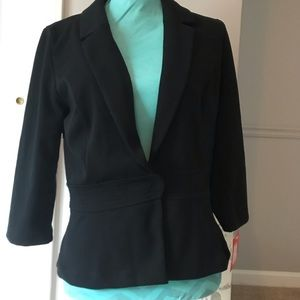 Size 10 black cropped blazer new with tags